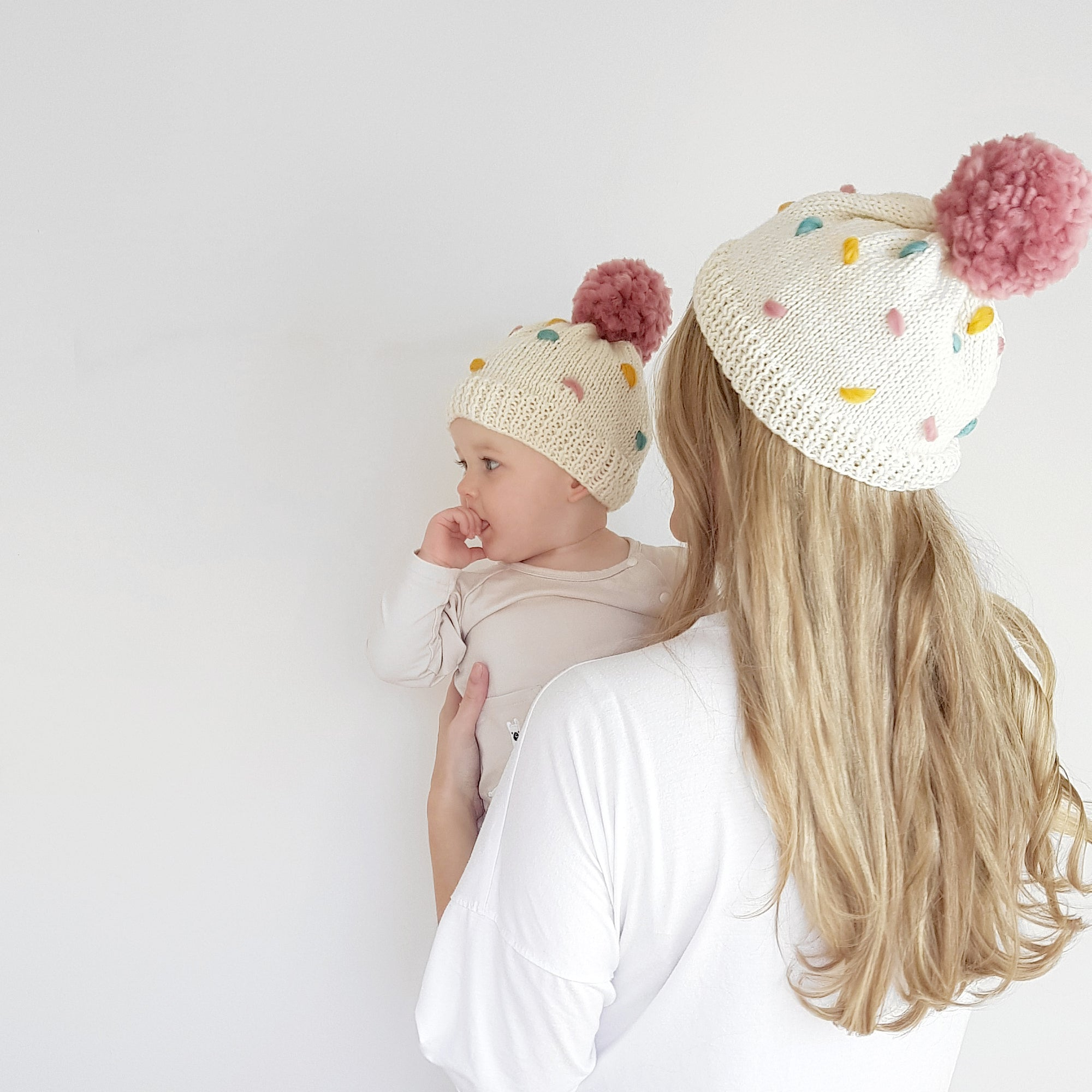 Sprinkles Hat Twinning Set Knitting Kit