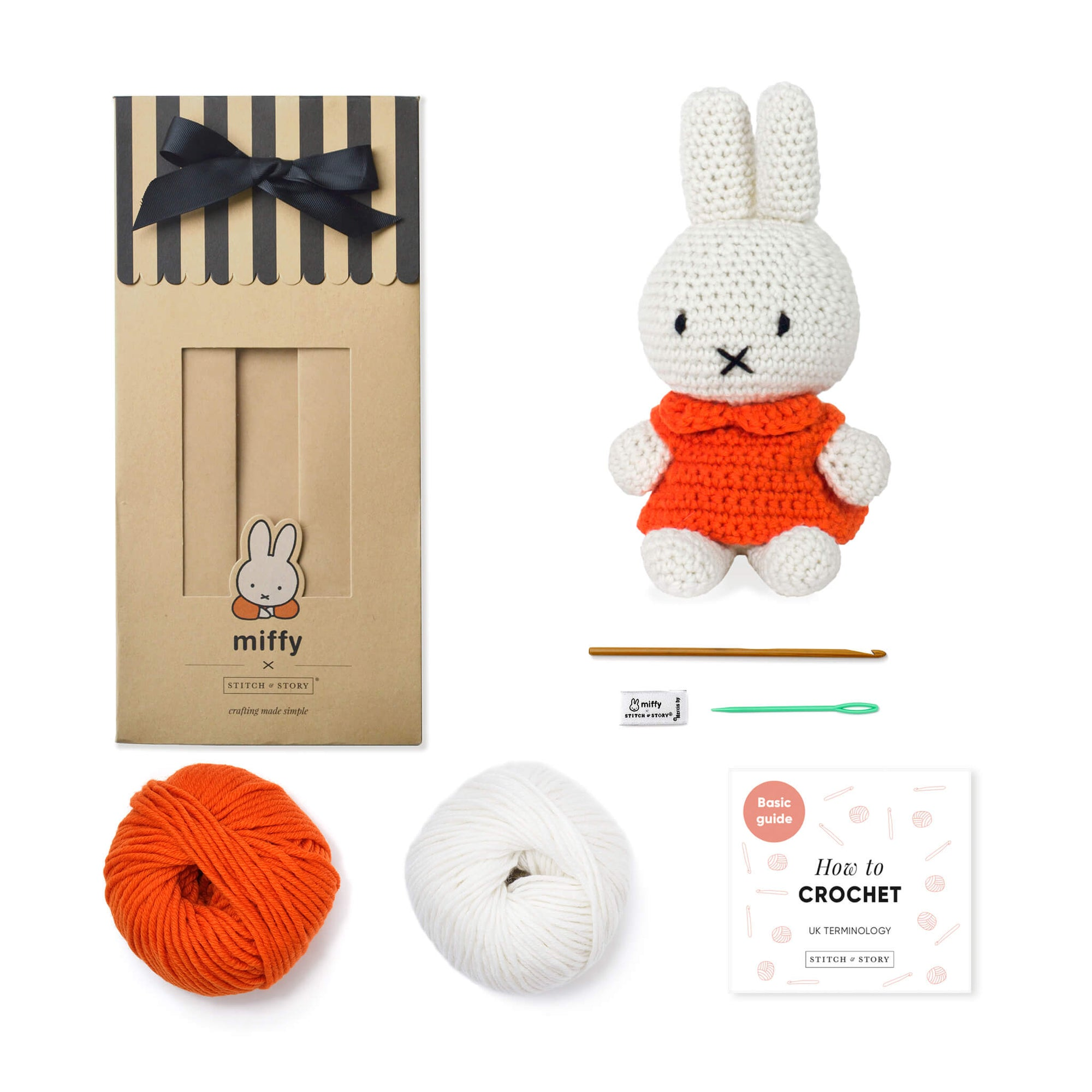 Crochet Bunny - Dutch Rabbit Amigurumi Pattern - Crochet News | 2000x2000