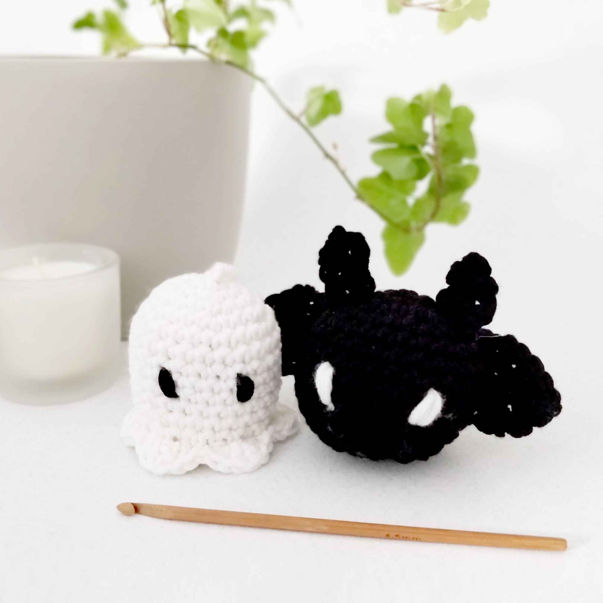 PDF Pattern: Ghost and Bat