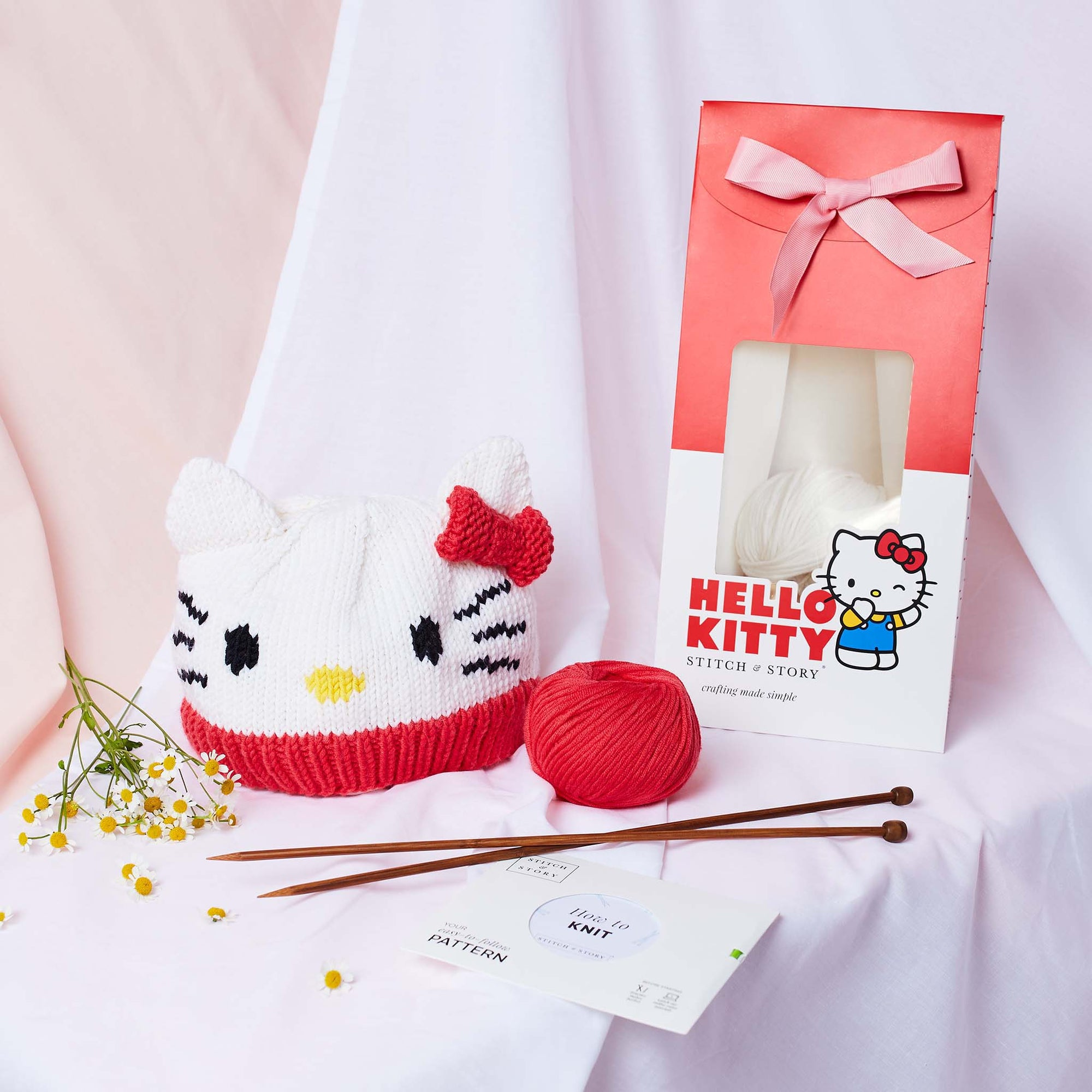 Hello Kitty: Hello Kitty Adult Hat