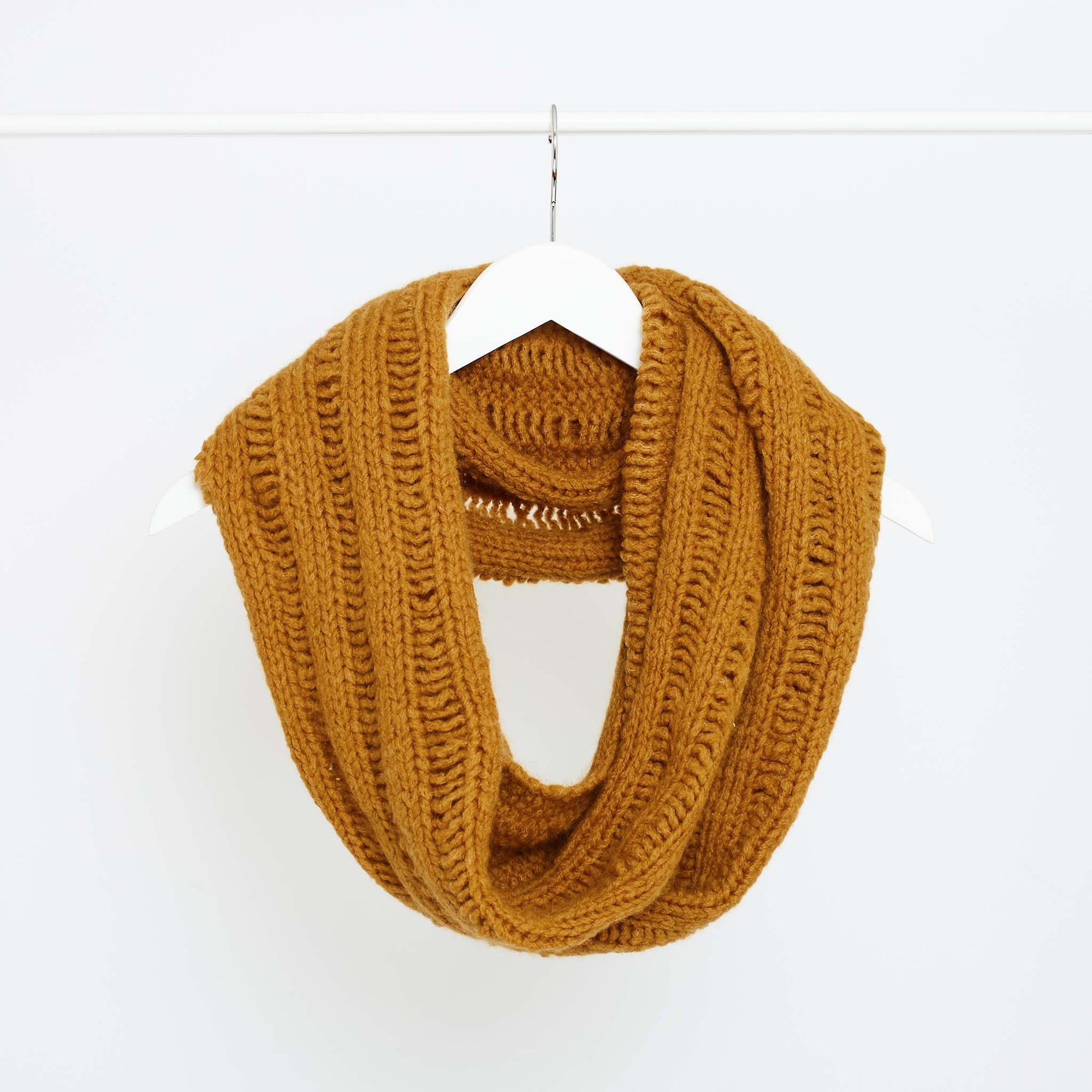 Siena Infinity Snood PDF Pattern & Yarn Bundle