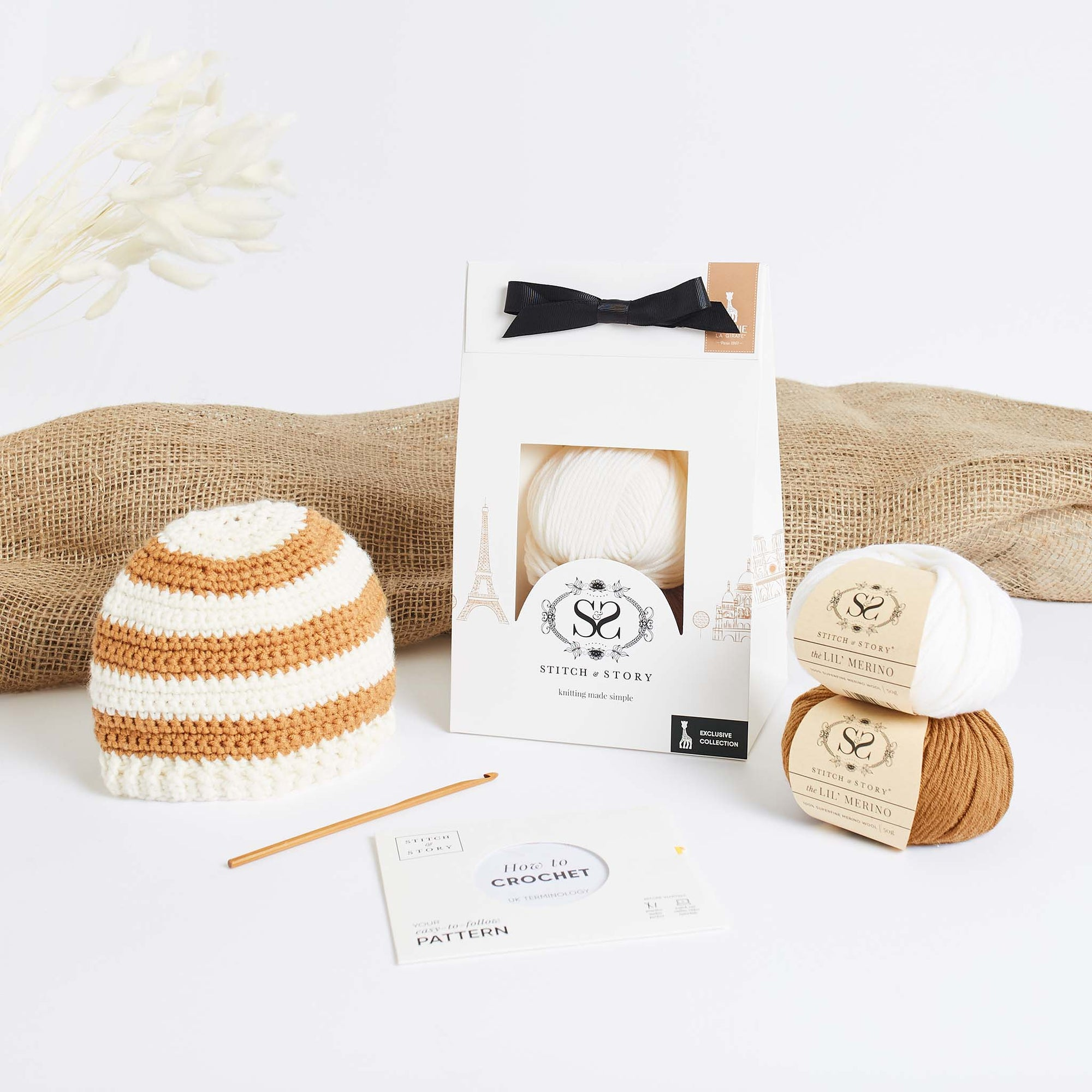 Sophie la girafe: Sophie Striped Crochet Baby Hat Crochet Kit