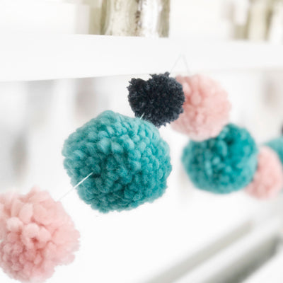 Pompom Makers - Set of 2 x Large (7cm and 9cm)