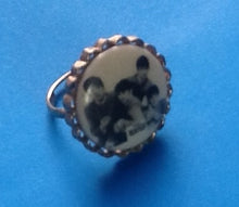 Load image into Gallery viewer, Beatles Original Jewelry Ring 1964