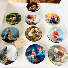 Load image into Gallery viewer, Set of 20 Donald Zolan Miniature Plates