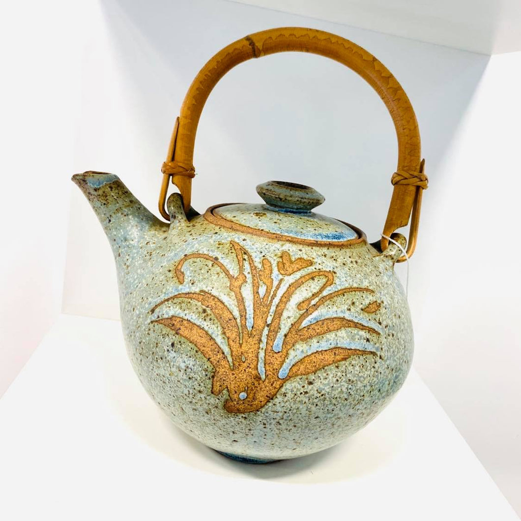 Clay Tea Pot With Flower Design And Bamboo Handle