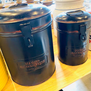Set Of 2 Maison decampagne Navy Blue Tin Containers