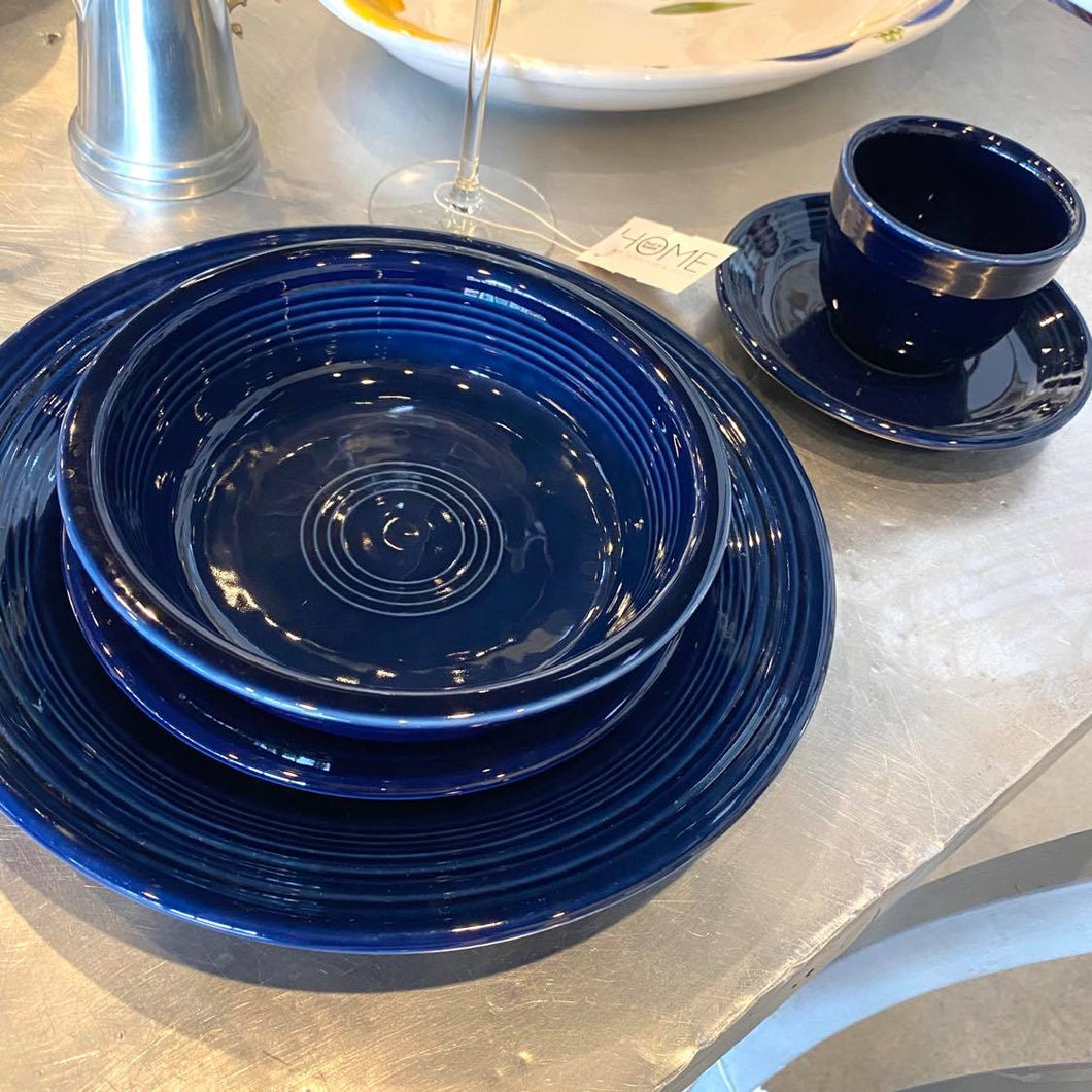 Cobalt Fiesta Ware 5 Piece Place Setting For 4