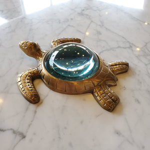 Bronze Sea Turtle Magnifying Glass