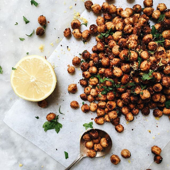 HEALTHY SNACK - SPICY ROASTED CHICKPEAS RECIPE