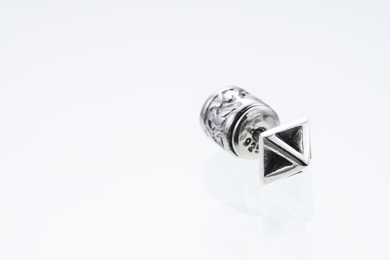 Tiny Pyramid Stud : Edged-ZOCALO.JAPAN