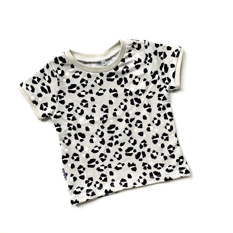 Grey Lynx Dots T-shirt