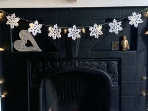 Crochet Sparkle Snowflake Bunting
