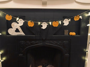 Crochet Halloween Ghost & Pumpkin Bunting