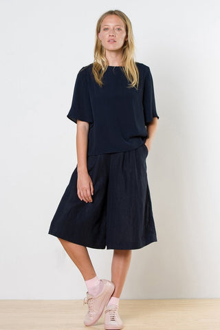 twenty-seven names September Culottes Navy
