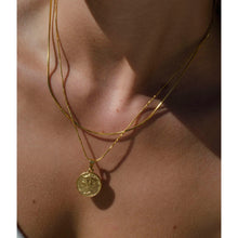 Load image into Gallery viewer, Rome coin pendant necklace