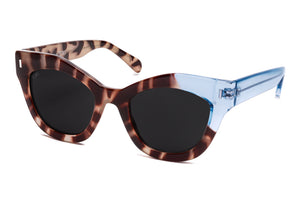 TIWI NISSA SHINY WHITE TORTOISE/TRANSP BLUE WITH CLASSIC BLACK LENSES