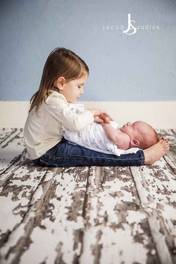 Sister Playing With Baby | Cute Baby & Sibling Photos | Baby Aspen