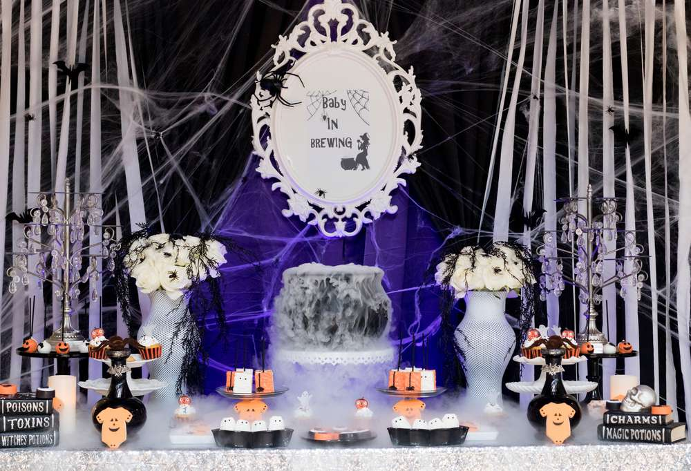 A Baby is Brewing Halloween Shower | Spooktacular Halloween Baby Shower Ideas | Baby Aspen Blog