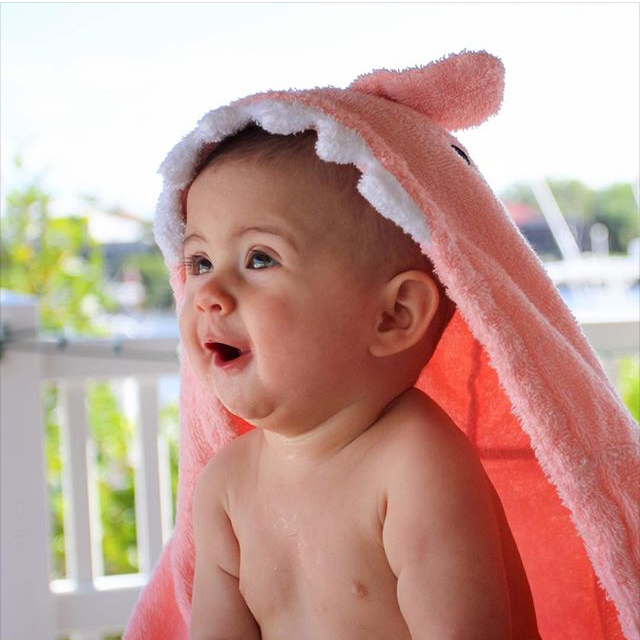 Baby in Pink Shark | Fan Photo by SamanthaLivie via Instagram | Baby Aspen