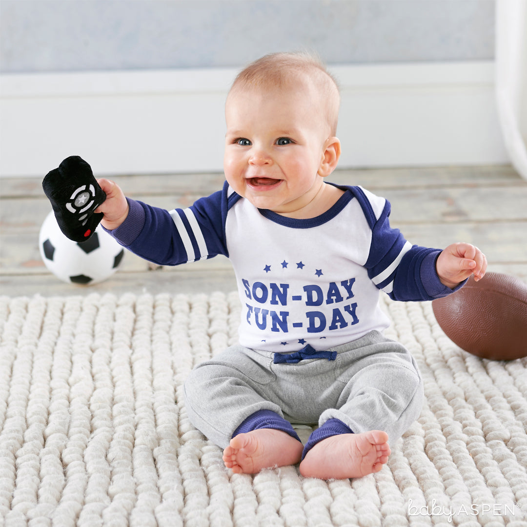 My First Gameday Outfit with Baby | Outfits for All of Baby's Firsts | Baby Aspen