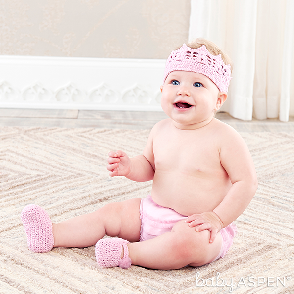 Pink Princess Headband and Booties Set | @BabyAspen