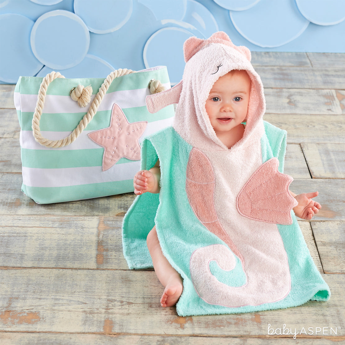 Seahorse 4-Piece Beach Gift Set with Canvas Tote for Mom | Brilliant Beach Baby Gifts + A Giveaway | Baby Aspen
