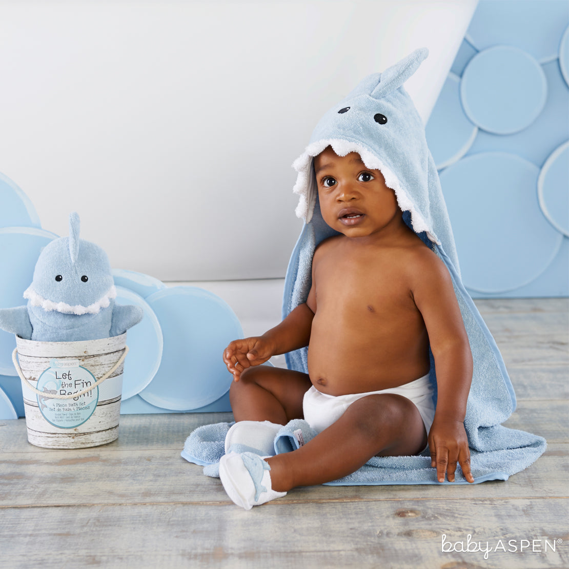 Shark Bath Set With Baby | Unique Gift Sets Perfect For Any Baby Shower | Baby Aspen