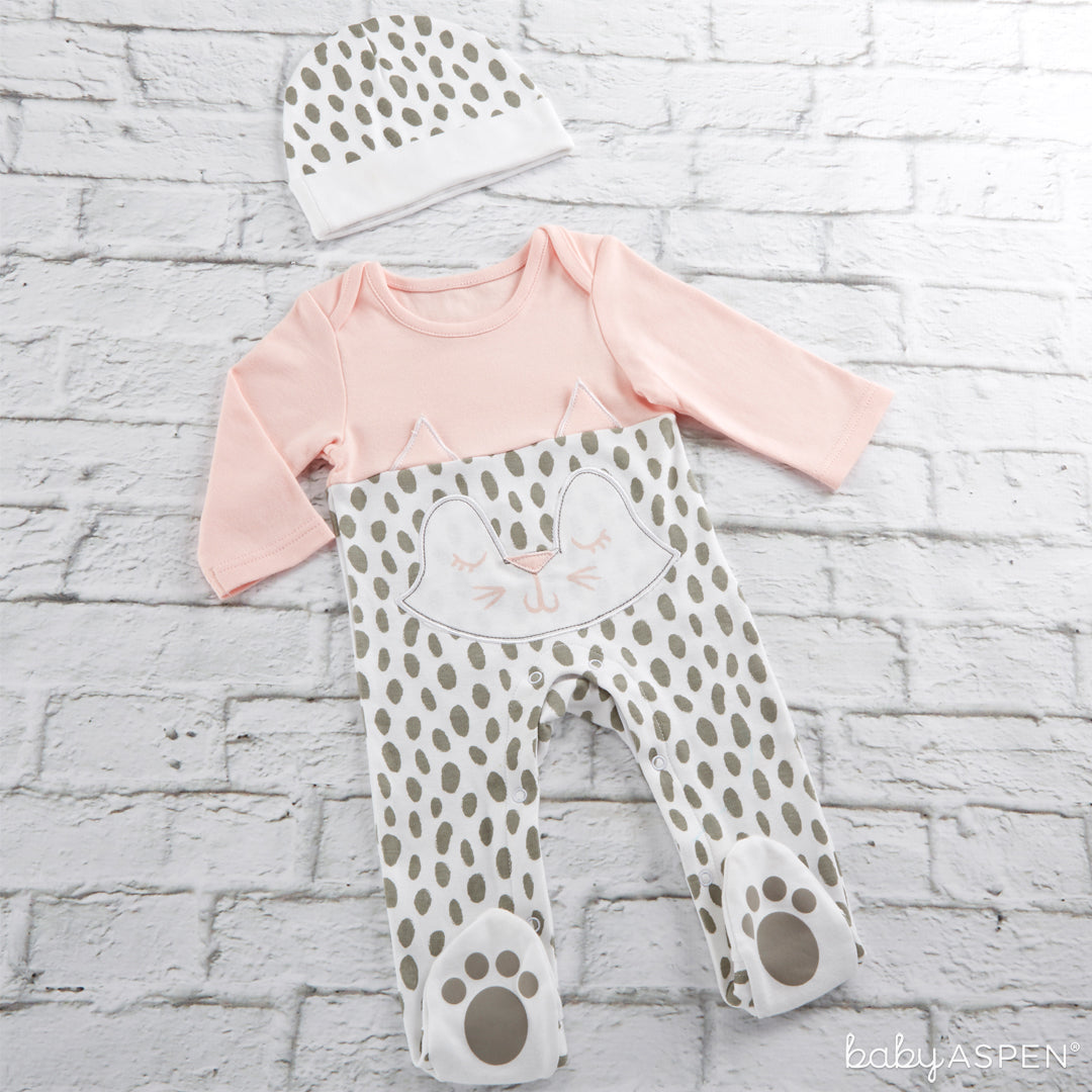 Trendy Baby Kitty 2-Piece Pajama Gift Set | 5 Trendy Gifts for Your Stylish Baby | Baby Aspen