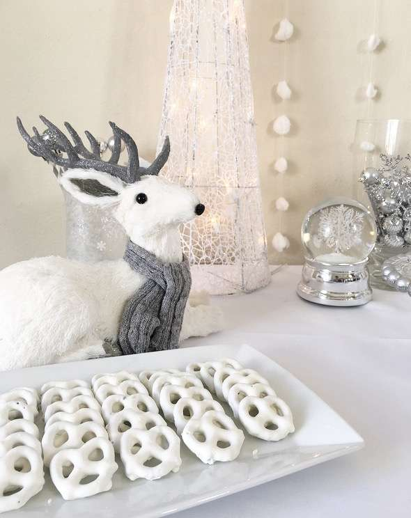 Winter Wonderland Dessert Table | A Happy Holidays Baby Shower | Baby Aspen