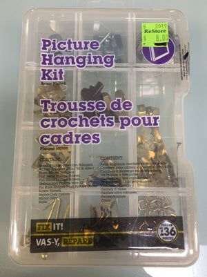 Fix It! Picture Hanging Kit