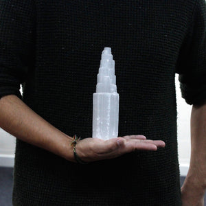 Torre in Selenite - 20 cm