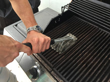 Load image into Gallery viewer, Stainless Steel BBQ Grill Grate Cleaning Brush | Zincera