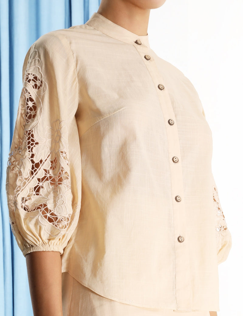 BRIGHTON SCALLOP BLOUSE