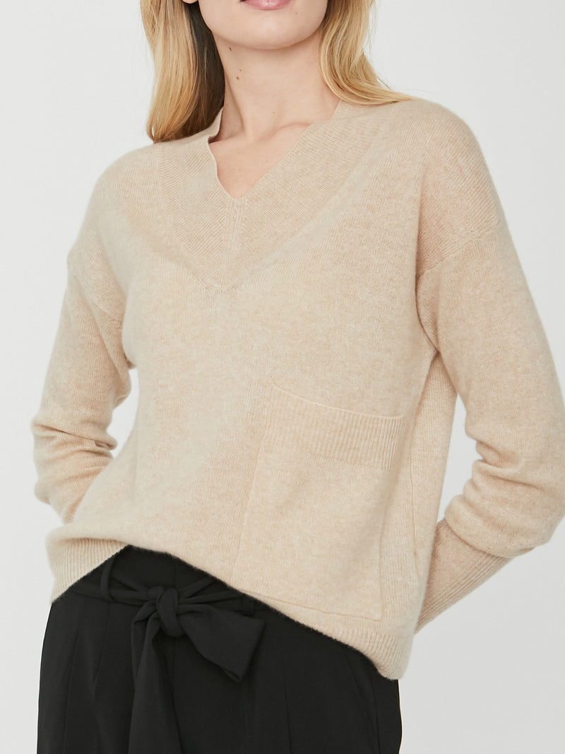 NILS VEE SWEATER