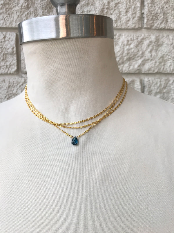LINA THREE LAYER-STAMPED CHAIN NECKLACE
