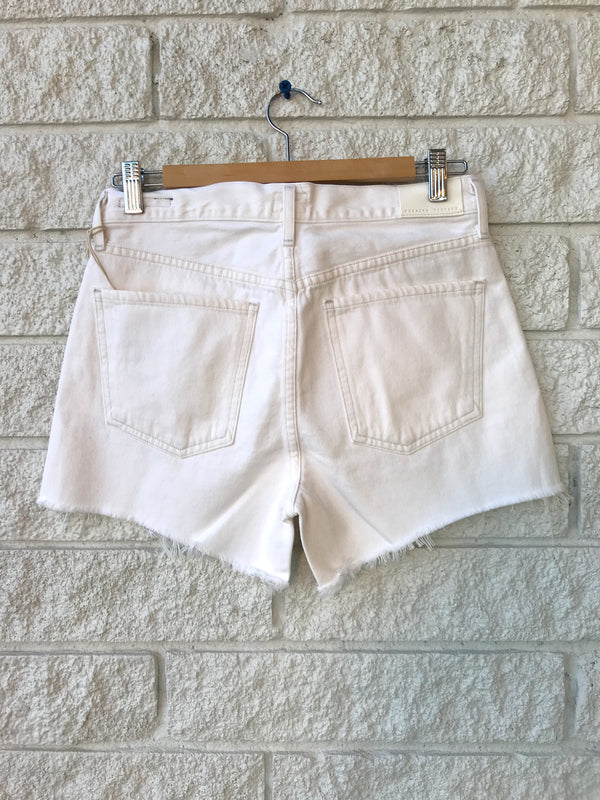 MARLOW EASY SHORT IN WHITE CLAY