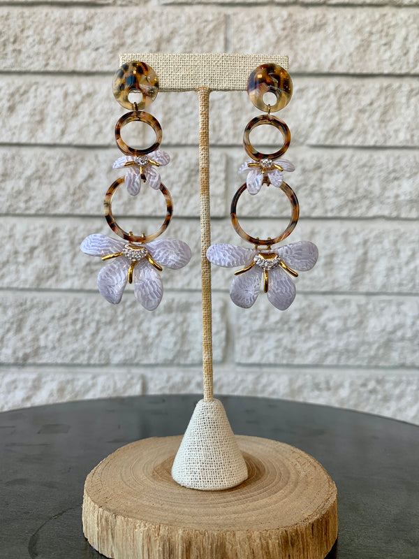 TRUMPET LILY CHANDELIER EARRINGS