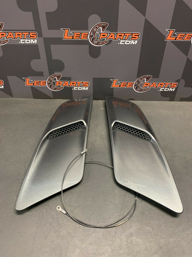 2015 FORD MUSTANG GT OEM HOOD SCOOP VENT DUCTS