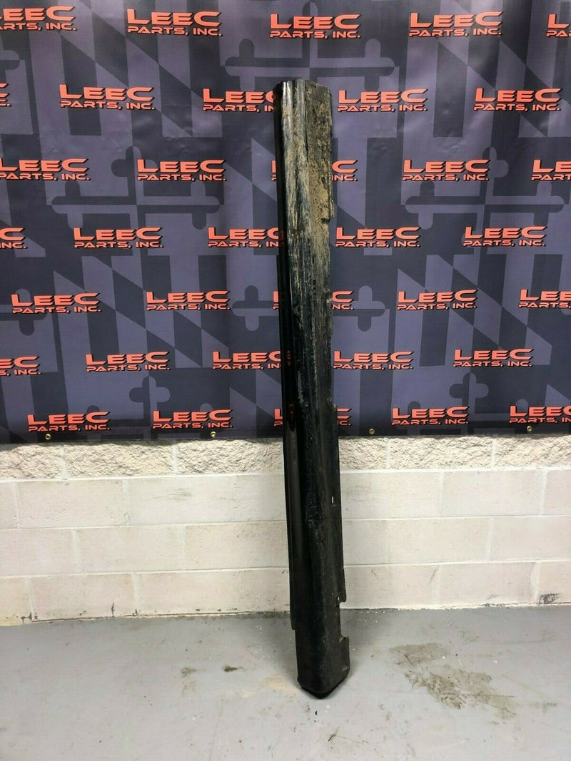 2004 PONTIAC GTO OEM LH DRIVER SIDE SKIRT ROCKER PANEL COVER