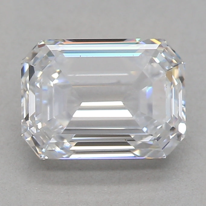 0.9-CARAT EMERALD DIAMOND