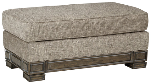 Einsgrove Signature Design by Ashley Ottoman