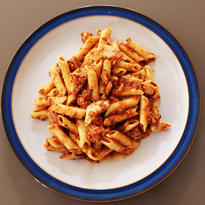 Pulled Chicken Fillet & Wholemeal Pasta (400g)