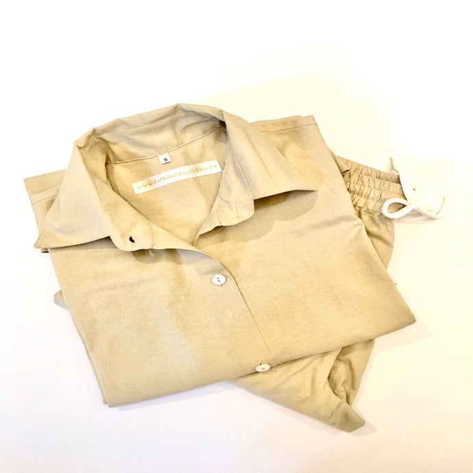 Rami Linen pyjama shirt with box pleat at back and pull on pants with drawstring and elasticated waist.  Pants slightly tapered at the ankle - super comfy and available in pale pink and beige..