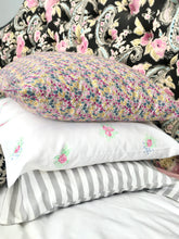Load image into Gallery viewer, Pillowcase - Pink Posy