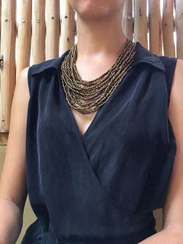 GOLD TIMBER CLASP NECKLACE