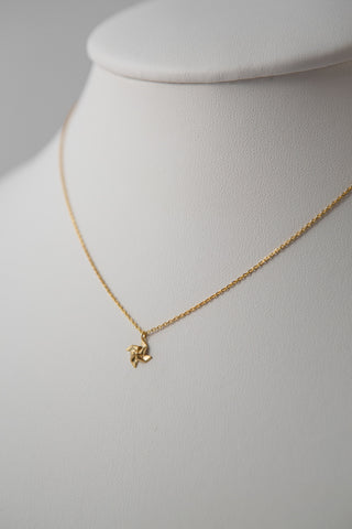 PINWHEEL PENDANT NECKLACE GOLD