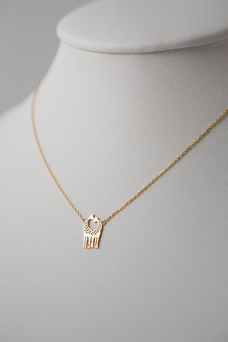 GIRAFFE LOVE PENDANT NECKLACE GOLD