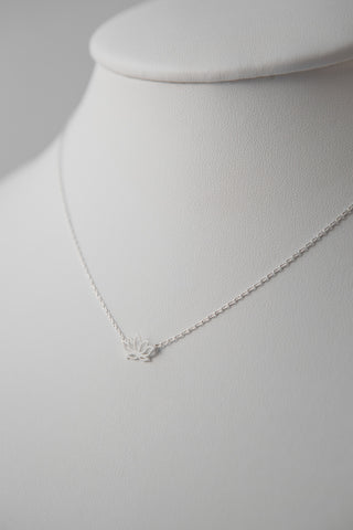 LOTUS FLOWER PENDANT NECKLACE SILVER
