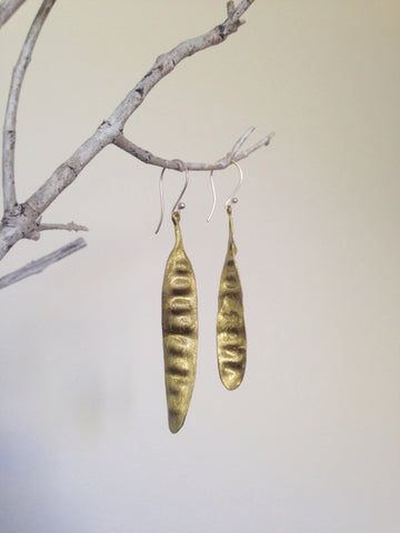 GOLD SEED POD BOTANICAL EARRINGS